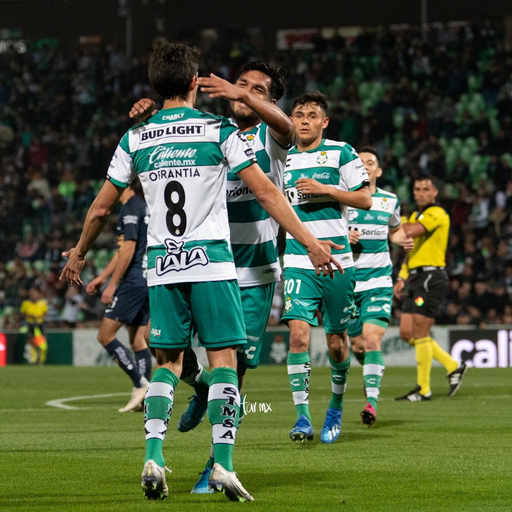 Fotos del Santos vs Pumas octavos de final en el Estadio Corona