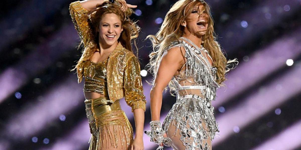 Shakira y JLo en 2020.
