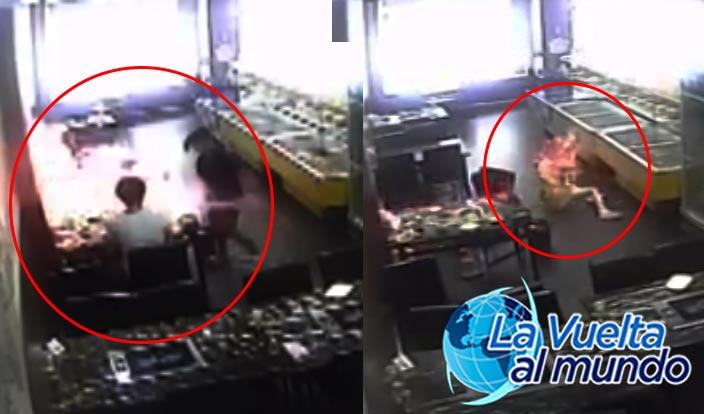 Mesera quema viva a joven en restaurante, lunes 8 de septiembre