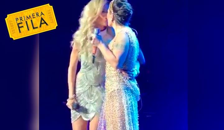 Gloria Trevi y Alejandra Guzmán complacen con beso