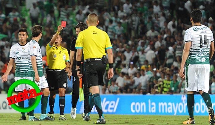 Santos sigue sin ganar en el Corona; empata ante Toluca
