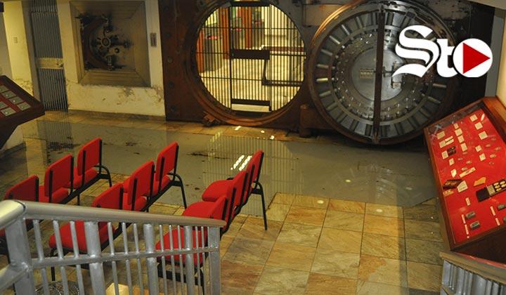 La lluvia 'no paró' adentro del Museo de la Moneda
