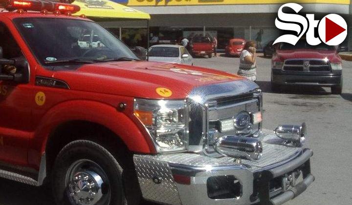 Evacuan tienda departamental por fuga de gas en Torreón