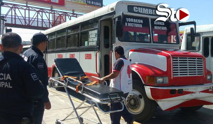Se cae pasajera en camión Torreón - Gómez - Lerdo