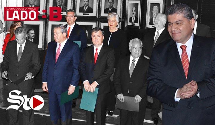'Un gabinete con los mismos'