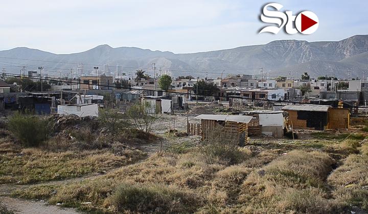 Paracaidistas invaden terreno en Villas La Merced