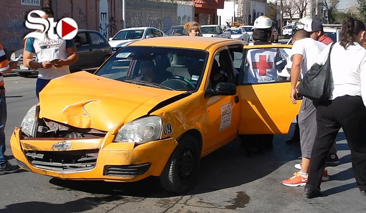 Accidente vial deja cuatro personas lesionadas