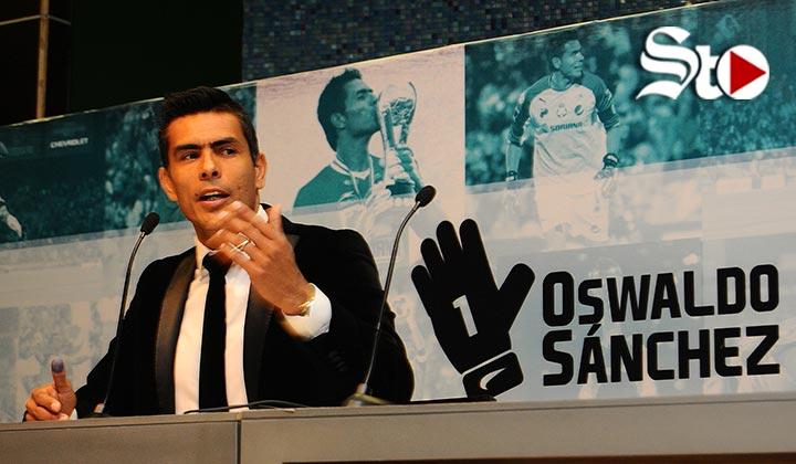 Oswaldo Sánchez desmiente rumores sobre llegada a Chivas