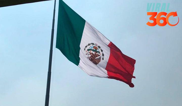 Celebra EPN a la Bandera... con escudo al revés