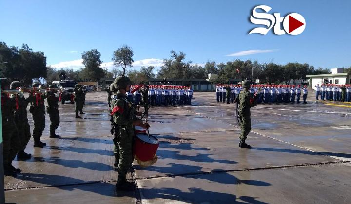 Dan bienvenida a jóvenes del SMN en Torreón