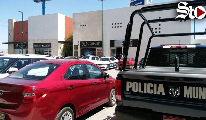 Roban 360 mil pesos a empresa de asesoría legal en Torreón