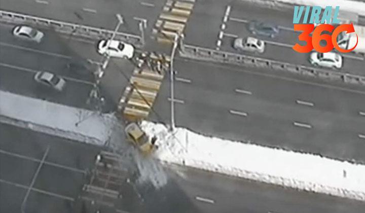 Taxi arrolla a dos personas en un cruce peatonal
