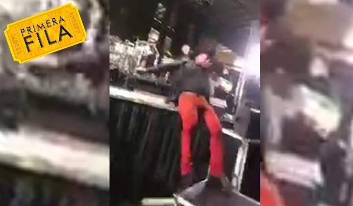 'Bobby Pulido' sufre aparatosa caída en el escenario