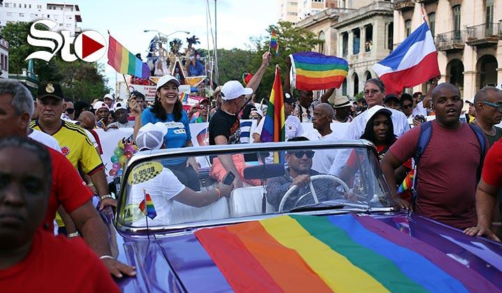 'Conga' por derechos LGTBI hace bailar a La Habana