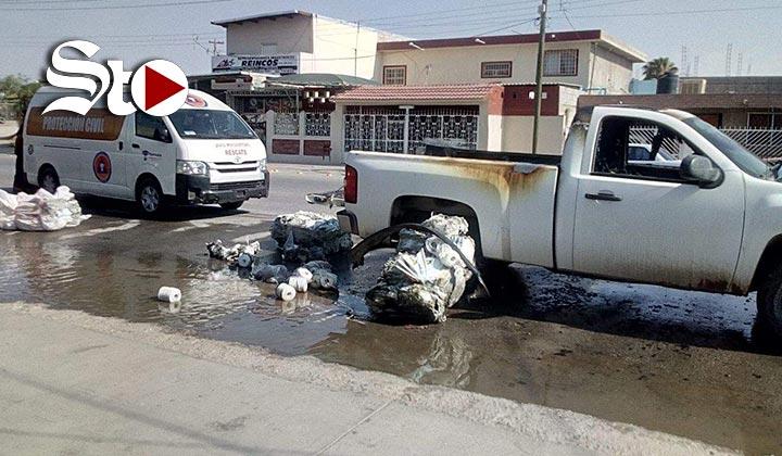 Se incendia camioneta que transportaba diésel en Torreón