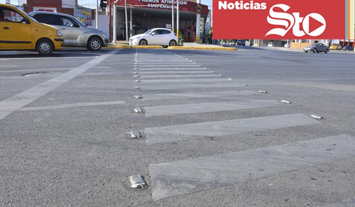 'Desaparecen' líneas divisorias y pasos peatonales en vialidades