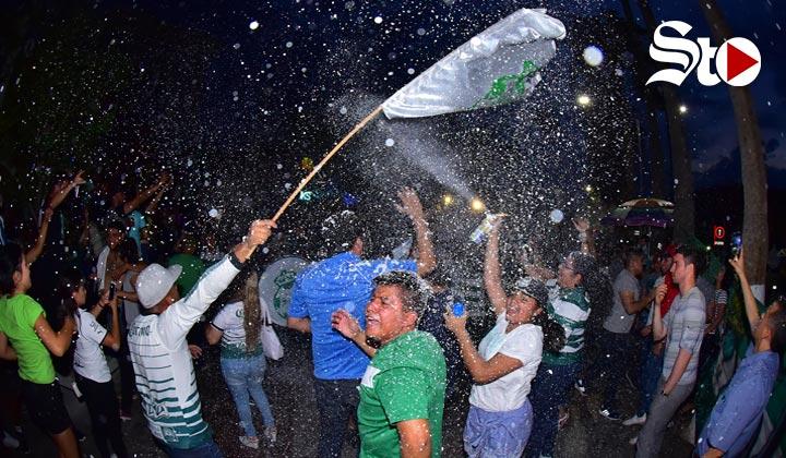 Festejos santistas dejan 16 detenidos y 8 golpeados