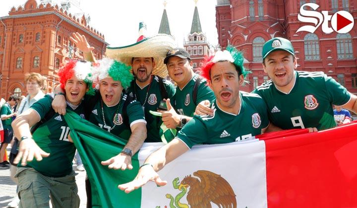 Mexicanos 'inundan' La Plaza Roja de Moscú