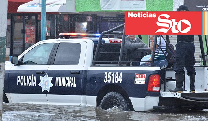 Detiene a menor por robar durante la inundación en Torreón