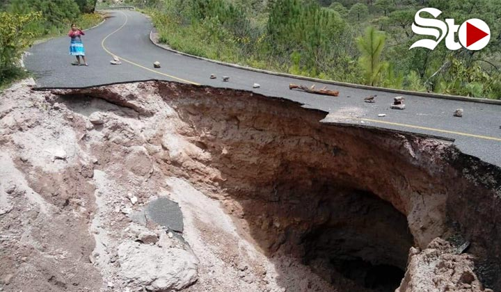 Gran socavón incomunica a 40 comunidades de Durango