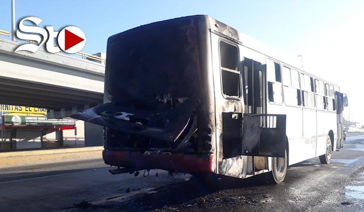 Se incendia autobús de pasajeros en Torreón