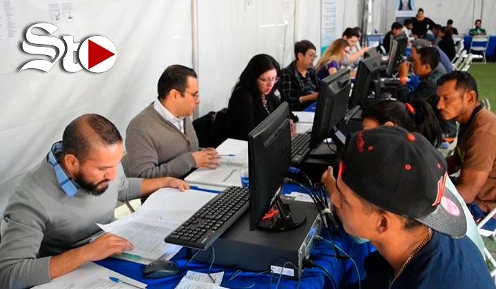 Centenares de migrantes reciben oferta de empleo en Tijuana