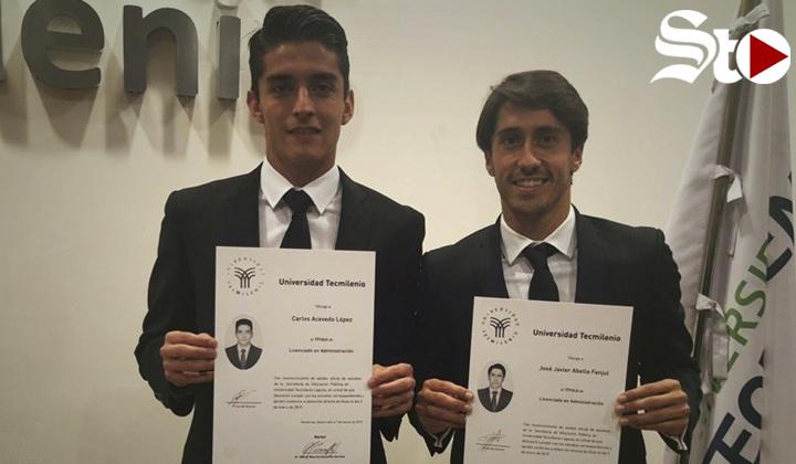 Santos felicita a Acevedo y Abella por titularse