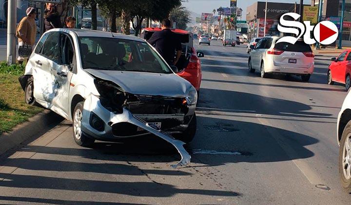 Chocan cinco vehículos en el bulevar Independencia