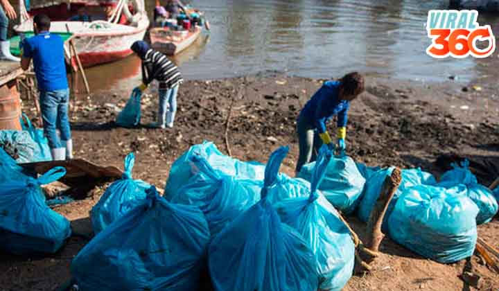 Voluntarios sacan cientos de kilos de plástico del Nilo