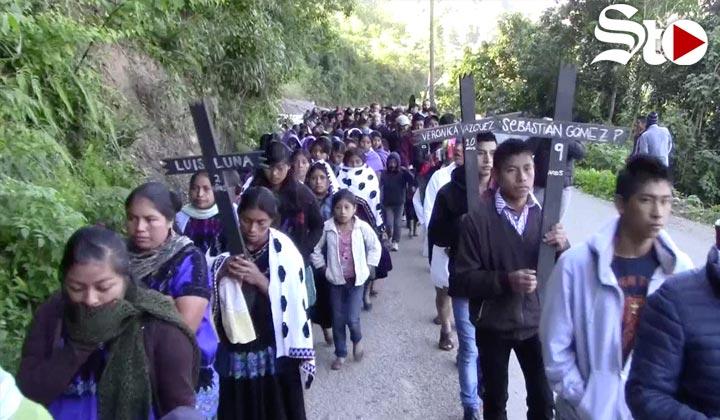 Indígenas exigen justicia a 20 años de la matanza de Acteal