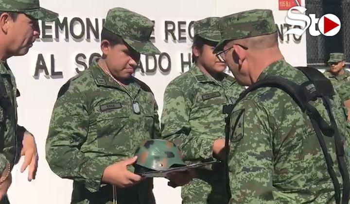 Nombran 8 menores con cáncer como soldados honorarios