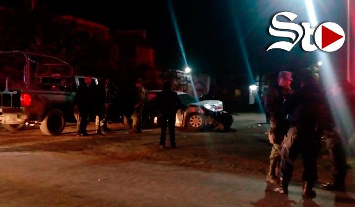 Militares no hacen alto y chocan en Torreón