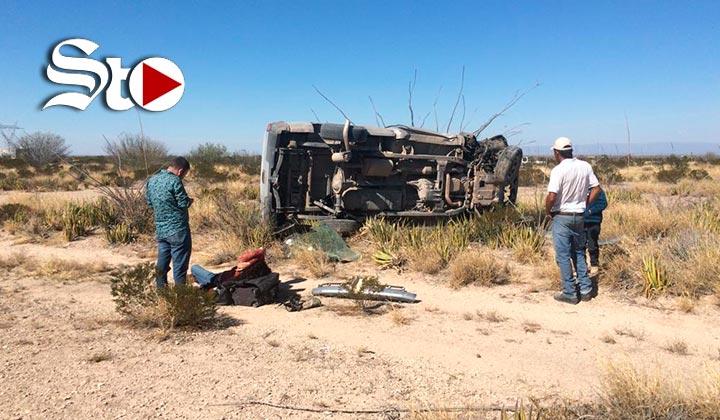 Fallece conductora en fuerte volcadura en la Saltillo-Torreón