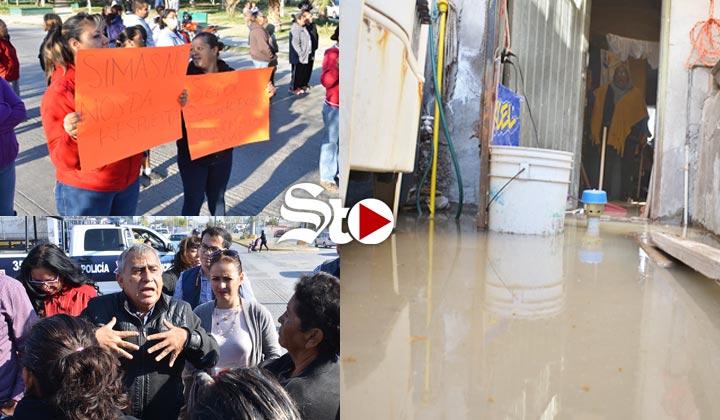 'Dejo de comer para pagar el agua', afectada por aguas negras