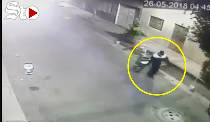 Hombre lleva cuerpo de mujer en bote de basura