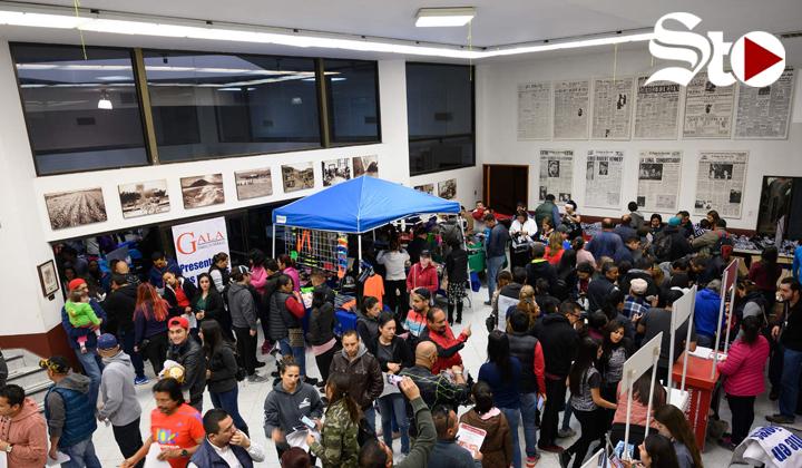 Entregan kits para carrera de El Siglo de Torreón