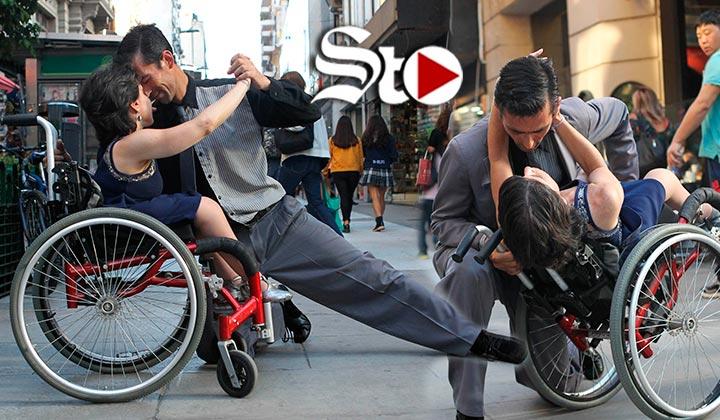 Sobre ruedas y sin límites, así se baila el tango en Buenos Aire