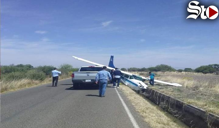 Avioneta aterriza de emergencia en Durango