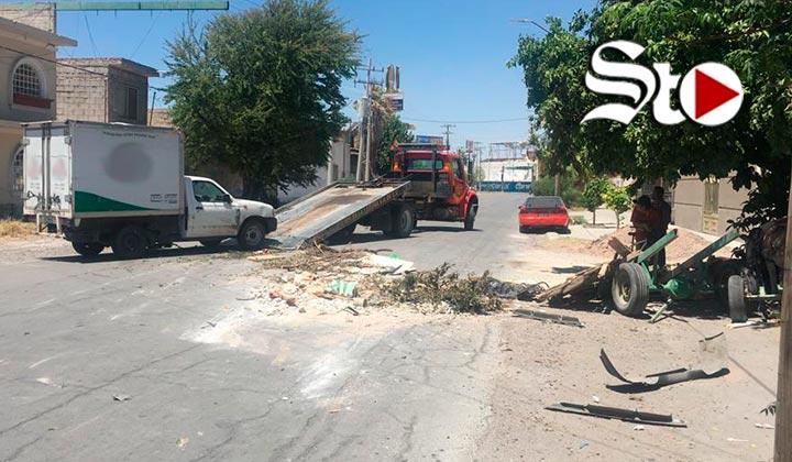 Choque volcadura deja dos personas lesionadas en Torreón