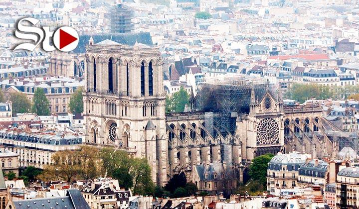 Bomberos apagan totalmente el fuego en Notre Dame
