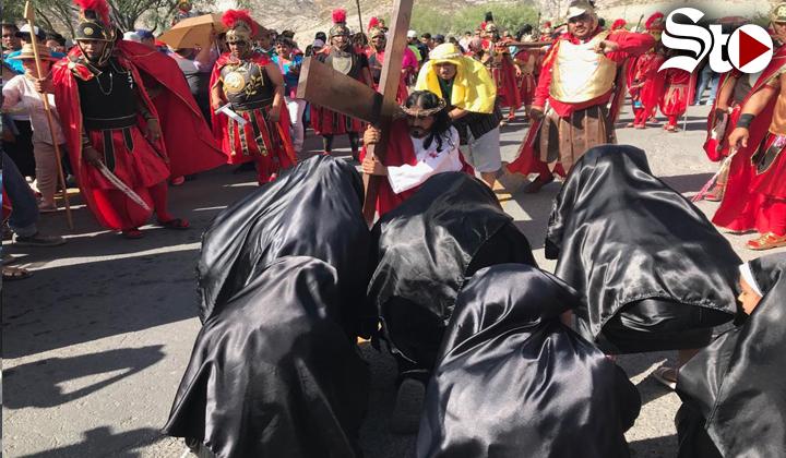 Tradición del Viacrucis se mantiene en Torreón