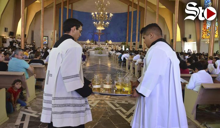 Obispo de Torreón preside Misa Crismal