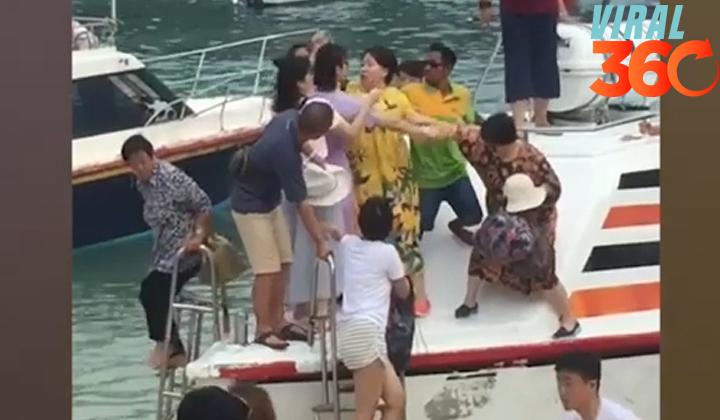 Mujeres se pelean por querer bajar primero de un bote
