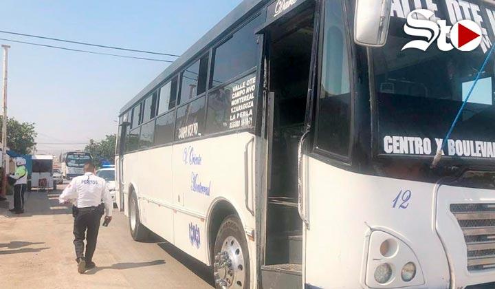 Menor resulta lesionado de gravedad tras accidente con autobús