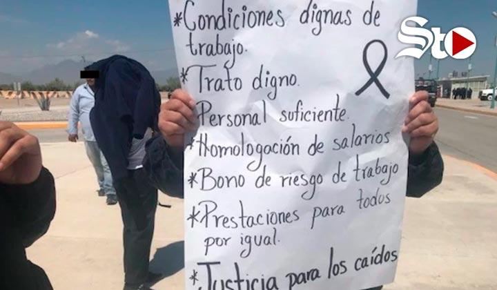 Se manifiestan trabajadores del Cefereso 14 de Gómez Palacio