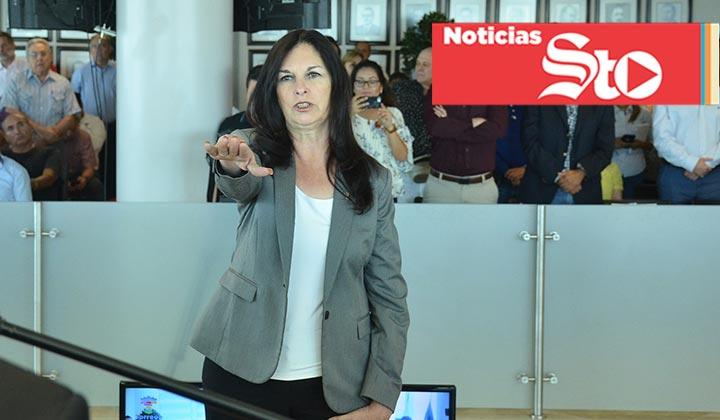 Entre quejas, tesorera de Torreón toma protesta