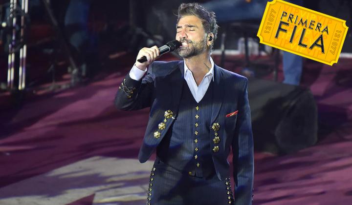 'El Potrillo' canta con el corazón en Gómez Palacio