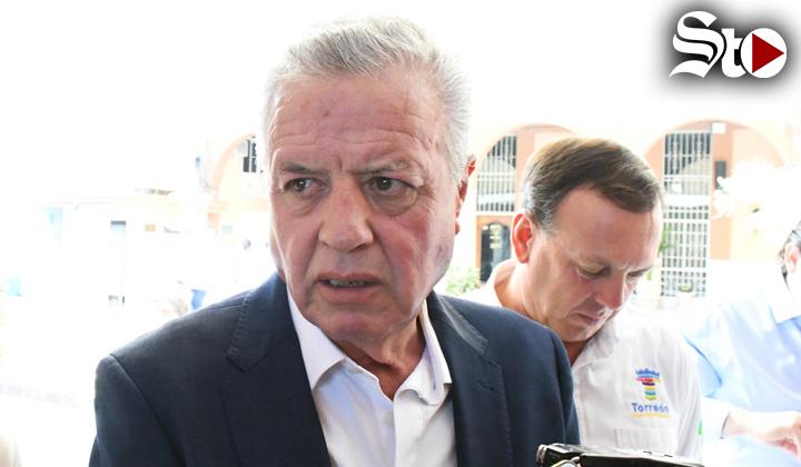 'Esto no es guerra', dice Zermeño sobre conflicto con taxistas
