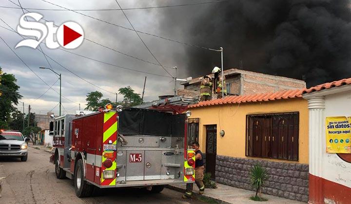 Incendio en Gómez Palacio moviliza a corporaciones de rescate