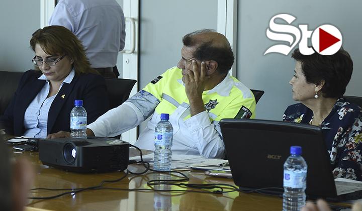 Pedro Luis Bernal comparece ante comisión de regidores